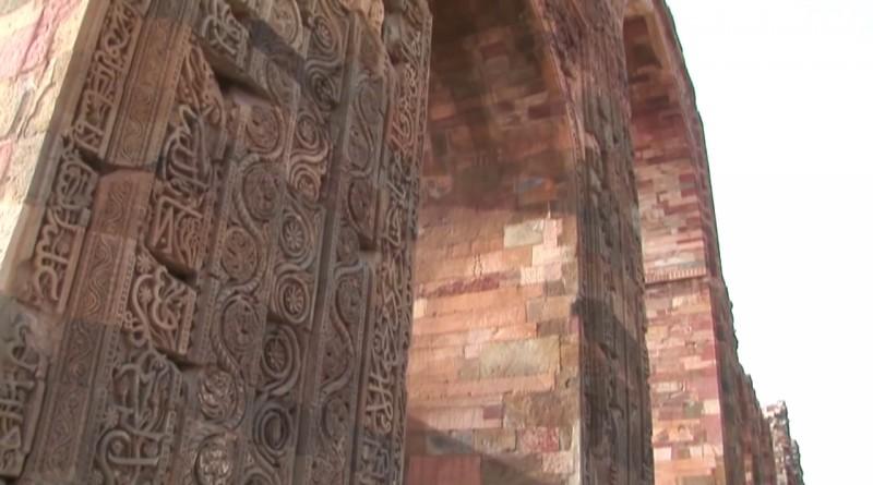 Qutb Minar Delhi - India.mp4.0001